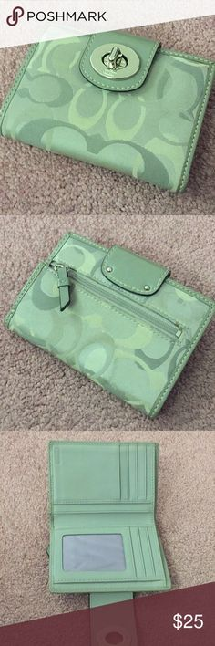Coach wallet Cute wallet. Coach Bags Wallets