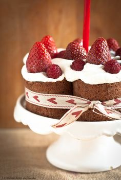 Chocolate rolls cake
