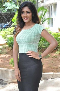 Eesha Rebba is an extremely Beautiful Indian Actress. She is exceptionally acclaimed in Tollywood film Industry. Beautiful Girl Indian, Beautiful Girl Image, Most Beautiful Indian Actress, Beautiful Saree, Beautiful Actresses, Beautiful Models, Prity Girl, Fashion Tips For Women, Fashion Ideas
