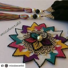 This post was discovered by Dogukan Run. Discover (and save!) your own Posts on Unirazi. Crochet Accessories, Fashion Accessories, Bead Crafts, Diy And Crafts, Needle Lace, Crochet Slippers, Crochet Baby, Knots, Needlework