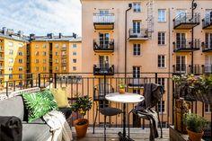 "gravityhome: ""Scandinavian apartment Follow Gravity Home: Blog - Instagram - Pinterest - Facebook - Shop """
