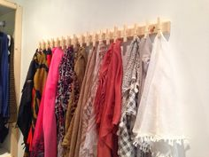 DIY scarf storage with wood closepins, closet organization. Ikea Closet Organizer, Bedroom Closet Storage, Scarf Organization, Linen Closet Organization, Scarf Hanger, Diy Scarf, Don Chuy, Scarf Storage, Diy Storage