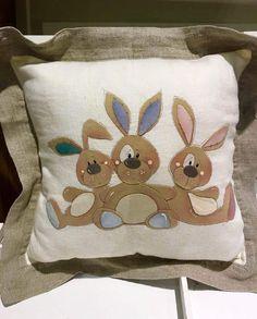cuscino conigli