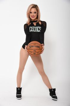 View photos for Kiki - Celtics Dancer Nba Cheerleaders, College Cheerleading, Celtic Pride, Cheer Outfits, Gangsta Girl, Sport Girl, Sport Sport, Actrices Hollywood, Boston Celtics