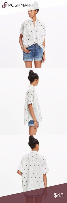 Courier Shirt in Pelican Jacquard PRODUCT DETAILS Skip the raid on his closet—we perfected the oversized, slightly boxy shape that we love. One of our greatest hits, this version is woven with playful pelicans to make it extra-special.    -Slightly oversized fit. -Cotton. -Machine wash. -Import. Madewell Tops Button Down Shirts