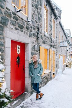 The best places to explore Quebec City, Canada in the winter // Rhyme & Reason Source by jillianattaway fashion canada Montreal Travel, Montreal Canada, Quebec Winter Carnival, What A Beautiful World, Travel Oklahoma, Quebec City, Travel Guide, Travel Ideas, New York Travel