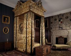 Hardwick Hall, The cut velvet bedroom from about ©NTPL/Nadia Mackenzie Awesome Bedrooms, Beautiful Bedrooms, Velvet Bedroom, Castle Bedroom, Discount Bedroom Furniture, Hall Interior, Interior Design, Interior Ideas, Luxury Bedding