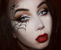 Looking for for ideas for your Halloween make-up? Browse around this site for cute Halloween makeup looks. Halloween Makeup Videos, Halloween Spider Makeup, Halloween Eyes, Pretty Halloween, Halloween Makeup Looks, Spider Witch Makeup, Halloween Stuff, Vintage Halloween, Spider Web Makeup
