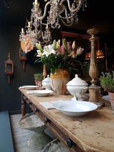 Photo - Google Photos Mark Davis, Dining Room, Dining Table, Antique Interior, Farmhouse Table, Table Settings, Tables, Interiors, Antiques