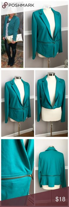 Teal Blazer Zipper into Crop Style 2 in 1 Blazer! Full length Blazer with gold zipper that creates a shorten version / crop style. Soft fabric - not stiff. Cute for work or play! Teal / turquoise color. Mossimo from Target XXL. Machine wash. First photo on left not actual item just showing for style! BUNDLES 20% OFF  Mossimo Supply Co Jackets & Coats Blazers