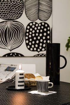 Adventtikynttilä, aamupala. Advent, candle, breakfast. Tuulentupa. Marimekko, Nespresso, Advent, Coffee Maker, Kitchen Appliances, Candles, Woodburning, Breakfast, Tableware