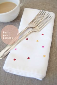 heart confetti napkins made with fabric paint