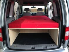 bett im caddy caddy camper pinterest ausbau camper. Black Bedroom Furniture Sets. Home Design Ideas