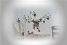 **Christmas-decoration** van stof gemaakt.