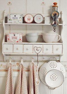 可愛い北欧キッチン収納方法
