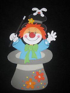 """Fensterbild aus Tonkarton """"Clown im Zylinder"""""""