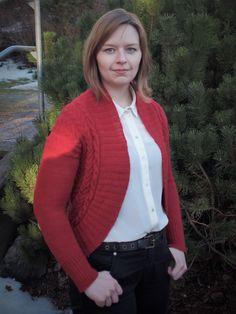 Katarimarian proosallinen arki ja räpellykset: DIY Sweaters, Fashion, Moda, Fashion Styles, Pullover, Fasion, Fashion Illustrations, Sweater, Sweatshirts