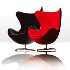 • B.A BA du design: Difficile d'avoir pu passer à coté! Incontournable dans le monde du design, même si le prix n 'est pas forcément aussi doux que l'assise.../ Fauteuils rouge et noir Egg de Fritz Hansen