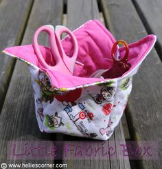 Little Boxes, Little Boxes... Fabric boxes sewing tutorial http://www.helliescorner.com/?p=2634
