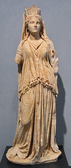 Estatua de Fortuna, de origen griego del 150-100 A.C. Malibu, Villa Getty. - La Diosa Fortuna