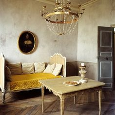 French Country Home Decor on French Country Style house design room design interior designs French Living Rooms, French Country Living Room, Bedroom Country, Country Style Homes, French Country Style, Rustic French, French Chic, French Grey, Country Charm