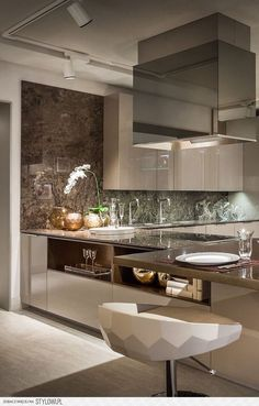 Modern Kitchen Interior - Fendi Casa Classic Collection introduces another dimension of exclusivity and glamour. Excellence and comfort highlight the sofas crafted traditionally using prized. Luxury Kitchen Design, Luxury Kitchens, Interior Design Kitchen, Home Kitchens, Interior Ideas, Interior Paint, Küchen Design, House Design, Design Ideas