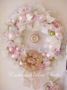 wreath christmas pink white rose cameo focal