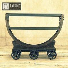 Av. Del Libertador 16772, San Isidro. #jblacroux #muebles #bar #decoración #diseño #objetos #regalos #living #furniture #restoration #desing #homedecor #sanisidro #nordelta