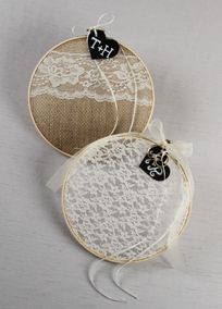 Ring Bearer Embroidery Hoop with Chalkboard Tag Style DB71009 #rusticweddings