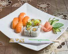 Fresh Rolls, Vienna, Sushi, Ethnic Recipes, Food, Meal, Essen, Hoods, Meals