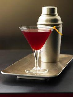 RECIPE - Old Fashioned Vodka & Blood Orange Cocktail (Source : http://www.foodrepublic.com/2011/12/15/old-fashioned-vodka-blood-orange-recipe)