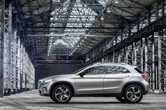 2013 Mercedes-Benz GLA Concept Image mblaguna.com