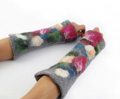 Hey, I found this really awesome Etsy listing at https://www.etsy.com/listing/108680953/felted-mittens-felt-flower-mittens