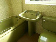 1000 ideas about childhood memories 1960 39 s and 70 39 s on for Avocado bathroom suite ideas