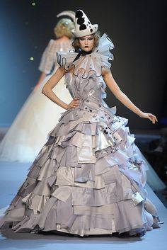 Couture Fashion Week Roundup: Fall 2012 2011-07-05 09:37:21