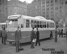 TrolleybusValparaíso * Sitio no oficial de los trolebuses de Valparaíso: HISTORIA DEL TROLEBÚS EN VALPARAÍSO Mercedes Benz, Angel, Vintage, Old Cars, Central America, Santiago, Angels, Vintage Comics