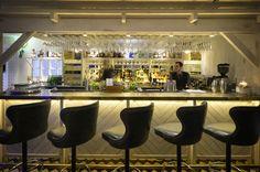Dispense bar. Bouillabaisse, Mayfair. Seafood Restaurant