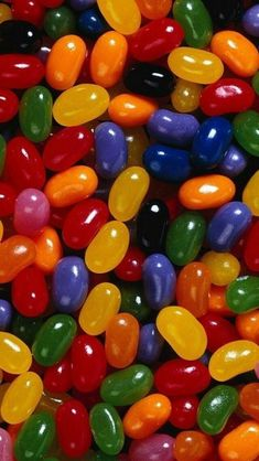 Colorful Jelly Beans - a popular candy back in the day. Food Wallpaper, Rainbow Wallpaper, Colorful Wallpaper, Flower Wallpaper, Nature Wallpaper, Bubbles Wallpaper, Jelly Beans, Beans Beans, Cellphone Wallpaper