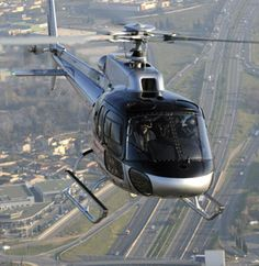 Ecureuil AS350 B3e | Eurocopter Luxury Helicopter, Airbus Helicopters, Fixed Wing Aircraft, Big Bird, Pretty Birds, Chopper, Airplanes, Boats, Pilot