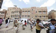 الصراع المُسلح في اليمن يتسبب في تغلغل…: تسبّب اضطراب الأوضاع الأمنية والسياسية في اليمن وما تلاه من صراع مسلّح وحرب بانهيار مؤسسات الدولة…