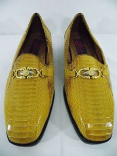 fa3a7a4df52 GIORGIO BRUTINI Men s shoes Private collection Size Mustard Yellow Leather  Dress Shoes Preowned - No holes or stains scuffing on bottom from wear