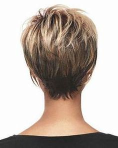 Haircut pixie short layered