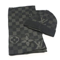 Louis Vuitton Hat and Scarf Set Knit wool