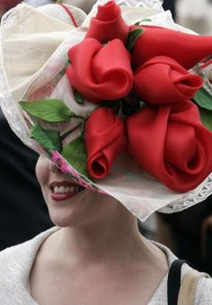 kentucky derby hats on women | Crazy Derby Hats - PinupLifestyle ♥