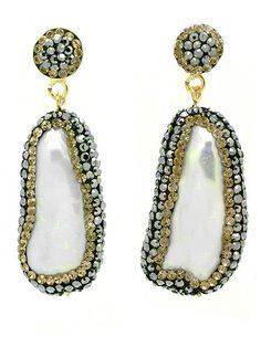 Princess Kate's $168 Pearl Earrings Sell Out in 24 Hours  The British Royals, The Royals, Kate Middleton