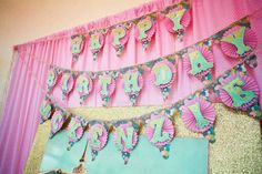 Cupcakes and Carousels 2nd Birthday Party Via Kara's Party Ideas Kara'sPartyIdeas (16)