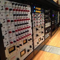 """Rack"" & Roll! (Audio Temple Outboard Gear Rack) #fullsail #reverb #equalizer #compressor #preamp #audioconsole #recordingstudio"
