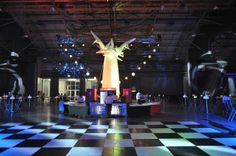 A tall Baobab weighing just 4 kg and with internal LED lighting, DMX programmable to music or other colour-shift scenario! Event Decor, Led, Colour, Lighting, Music, Design, Color, Musica, Musik