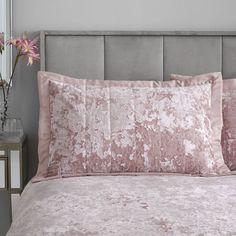 Crushed Velvet Luxury Blush Pink Duvet Cover Set – Ideal Textiles Velvet Duvet, Velvet Cushions, Pillow Shams, Bed Pillows, Crushed Velvet Fabric, Pink Bedding, Bedroom Accessories, Pink Velvet, Luxurious Bedrooms