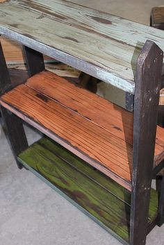 picket fence on the sides.. For in the garden/lawn decor